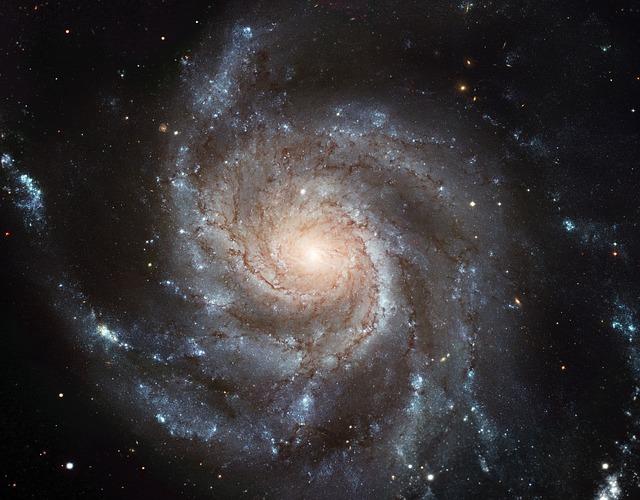"""Az univerzumban minden az """"entrópia"""", azaz a """"rendezetlenség"""" állapota irányába halad."""